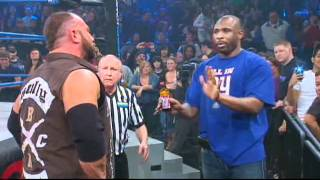 NY Giants star Brandon Jacobs Makes an IMPACT...on IMPACT WRESTLING