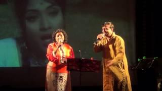 Aasmaan ke neeche - Hemal & Reena