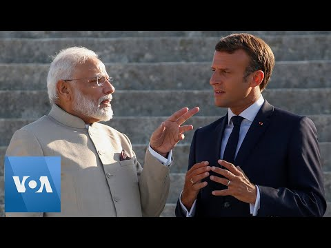 French President Macron Welcomes Indian PM Modi to Chantilly Palace