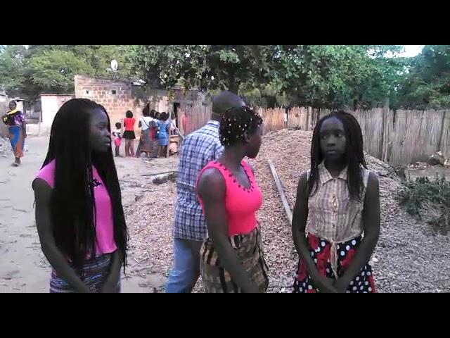 Acompanhe o passo a passo da construção do espaço das criancas orfas na Africa
