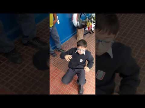 ¡INCREIBLE! NIÑO PERUANO BAILA DANZA RUSA (Kozachok) PREVIO AL MUNDIAL 2018