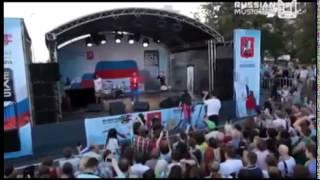 Митя Фомин — Огни большого города. День Флага. Russian Music Box (22.08.2015)