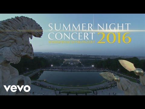 Trailer Summer Night