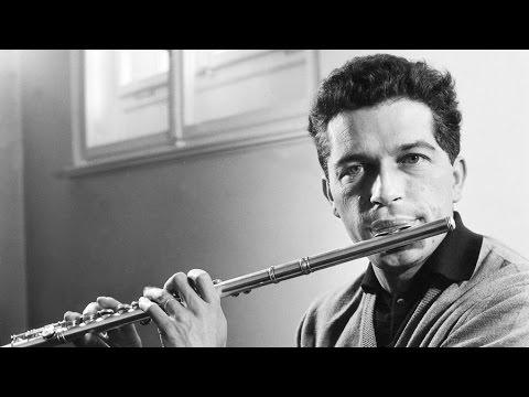Aurèle Nicolet (1st Prize 1948, Flute) - Robert Oboussier Pavane & Gaillarde