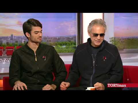 """Andrea Bocelli and son Matteo team up in """"Si"""""""