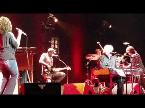 Michael McDonald  duet w/ Drea Rhenne' @ Crystal Grand Theatre, Wisconsin Dells, WI, Aug. 30, 2014