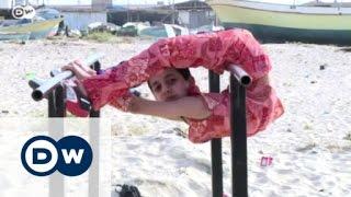 الطفل العنكبوت محمد الشيخ من غزة يحلم بدخول موسوعة غينيس| الأخبار