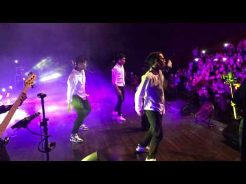 Prilly Latuconsina Mini Konser 2016 - Love You Like a Love Song