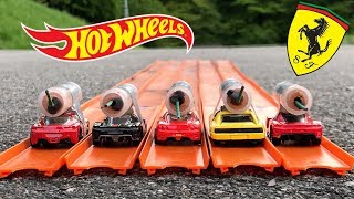 HOT WHEELS FERRARI ROCKET POWERED RACE !!