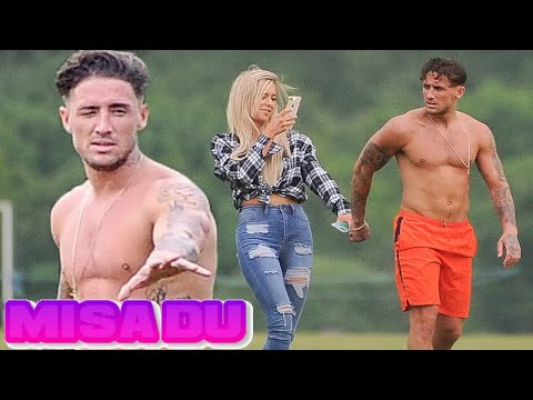 is charlotte from geordie shore dating mitch