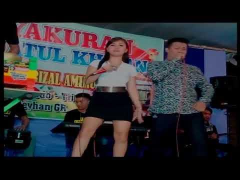 NEW VIESTA   Lewung Jathil Voc Amelia Feat Kempet Pasaka