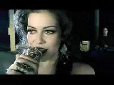 gosto-de-ser-quem-eu-sou-(vídeo-clipe)---karyn-garcia