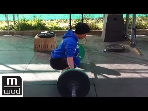 Bottom Up Pull Set Up For Olympic Lifting | Feat. Kelly Starrett | MobilityWOD