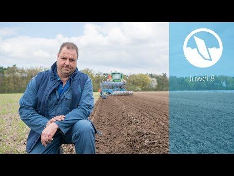 GPS plough LEMKEN Juwel 8 | Van Meijel bloembollen Holland | EN