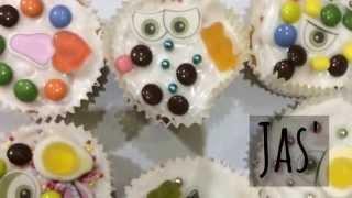 Baking cupcakes Thumbnail