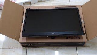 Unboxing LG LED Monitor 19M38A