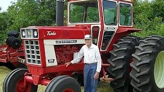 1975 IHC 1566 Tractor with 450 hours on 8/14/14 Farm Auction