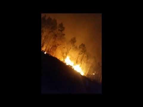 El incendio de Dodro avanza descontrolado