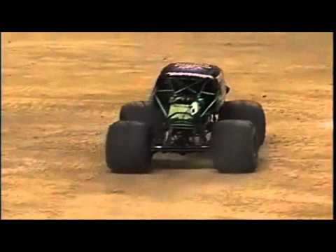 BAD TO THE BONE LEGEND GRAVE DIGGER!!! - YouTube