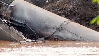 إنحراف قطار في الولايات المتحدة كان يحمل مادة البترول
