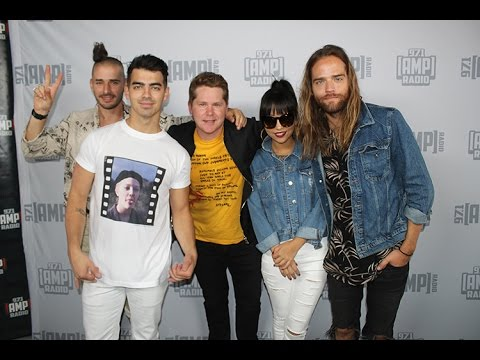 DNCE Talk 'Cake by the Ocean' new EP 'Swaay' & More!