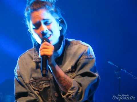 19/23 Tegan & Sara - T Apologizes + Hang On To The Night @ Centennial Concert Hall, Winnipeg 9/10/16