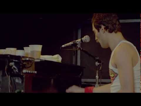 Queen - Somebody To Love (Live Rock Montreal HD)