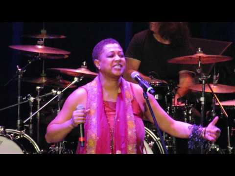 Lisa Fischer - Lost In The Music - 3/26/17 - Wilbur Theatre - Boston