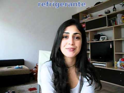 012 - Impara il portoghese - Canto tanti auguri a te in portoghese!