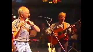 "Irish flute : Matt Molloy - ""The Independence"" Hornpipe / Jim Donoghue's / The Gravel Walk"""