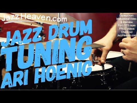 *Ari Hoenig*