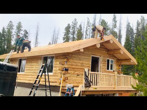 18x24-amish-log-cabin-being-built-in-3-1/2-days