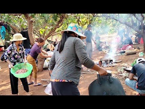 Tiệc cưới buôn làng vùng sâu vùng xa ra sao   yal jrai neh pyich tal dua2