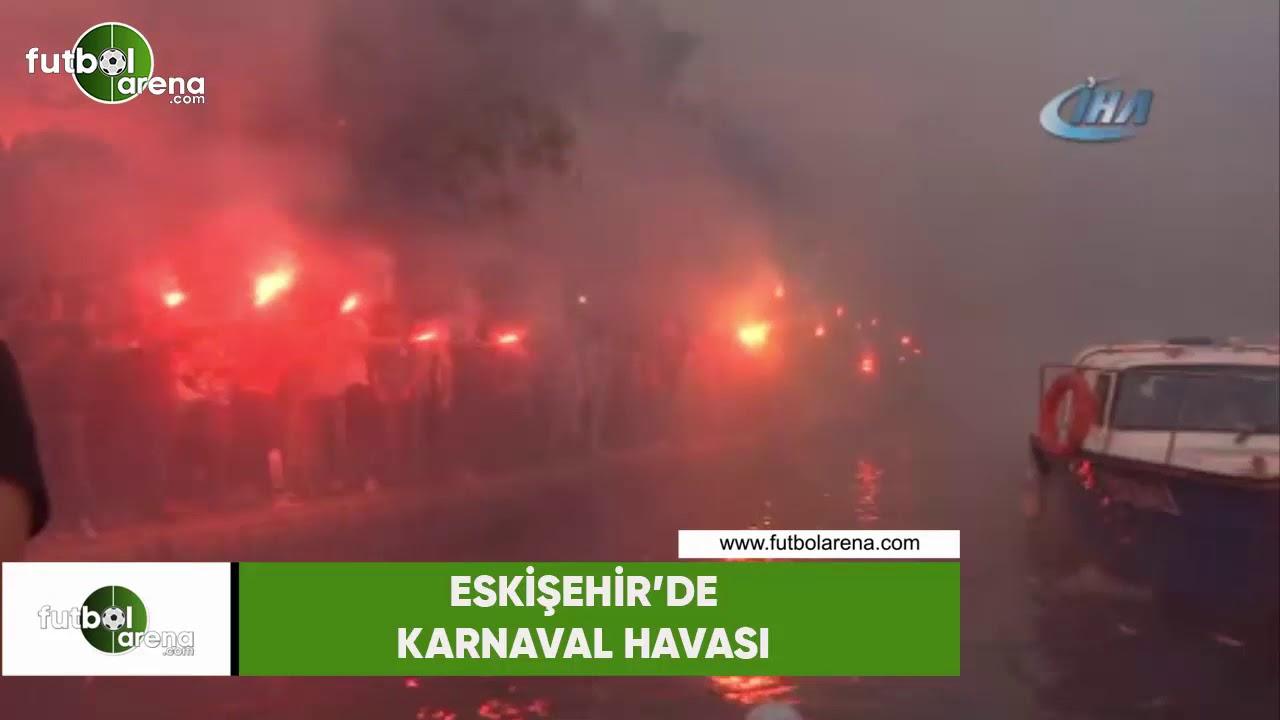 Spor Toto 1. Lig ekiplerinden Eskişehirspor 53'üncü kuruluş yıl dönümünü kutlarken, kentte adeta karnaval havası esti. Siyah-kırmızılı ekibin yeni yaşı Porsu...