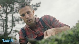 Wish | What does Robin Van Persie do with time on his hands? #TimeOnYourHands