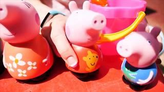Peppa Pig e Maria giocano con i camion - Video divertenti per bambini