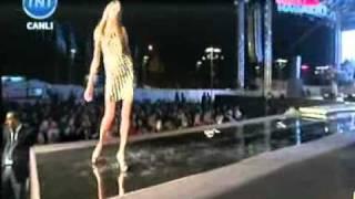KENTPARK AVM De Serdar Ortaç Konseri Ve Fashion Show