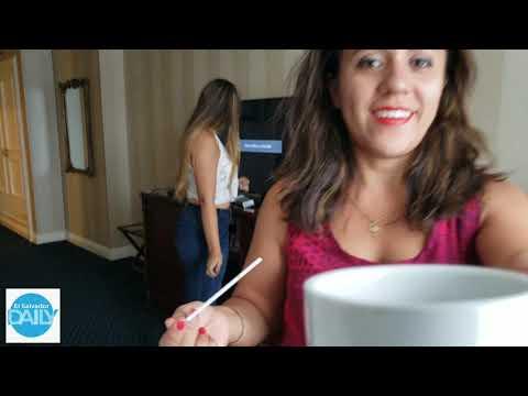 Cindy y Alisa nos muestran la higiene del baño que posee la habitación del hotel parte 2