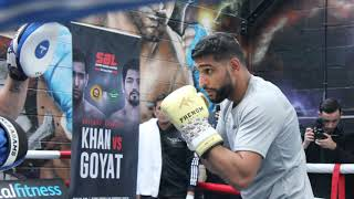 AMIR KHAN PADS WITH NEW TRAINER FORMER WORLD CHAMP 'BONES' ADAMS