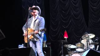 Dwight Yoakam: Dim Lights, Thick Smoke (and Loud, Loud Music) Austin, TX