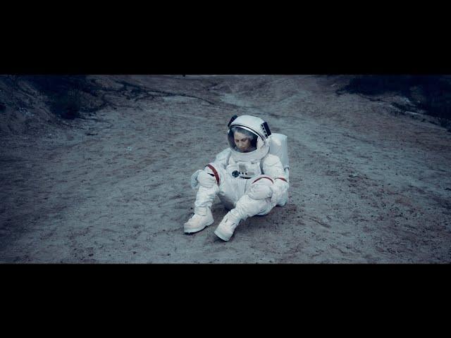 Burak Yeter - Teenage Runaway (Official Video)