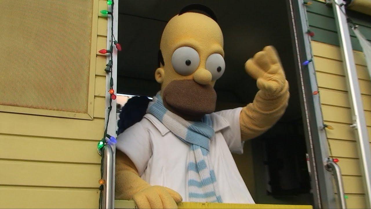 Download Full Macy's Holiday Parade Universal Studios 2012 - Floats, Shrek, Homer Simpson, Scooby Doo