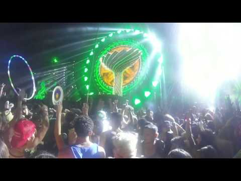 Chainsmokers EDC Orlando 2016 Day 1
