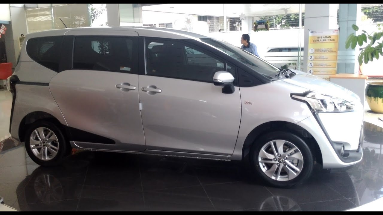 Review Toyota Sienta Type G CVT Exterior And Interior