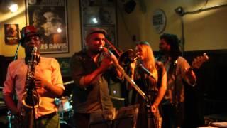 Rubem Farias - Banda Funk Brasil (participação especial Michelle Spinelli e Leandro De Carle