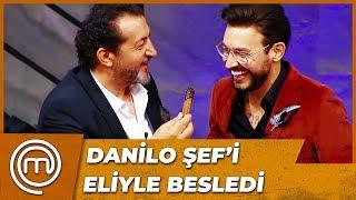 Mehmet Şef, Danilo Şef'i Eliyle Besledi | MasterChef Türkiye 28.Bölüm