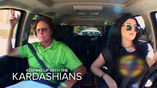 Kylie and Bruce Jenner Fend Off Paparazzi | Keeping Up With the Kardashians | E!
