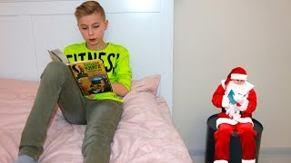 Я его ЗАСТУКАЛ.... САНТА-лилипут в моем доме!!!  I found Santa .... SANTA Lilliputus in my house !!!
