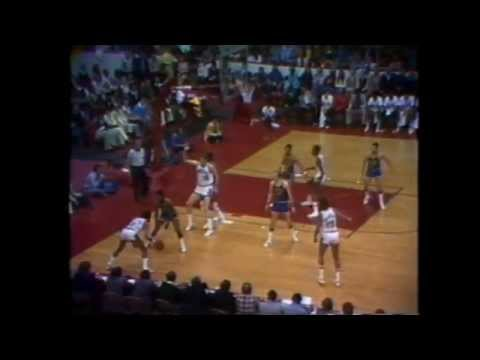 Rick Barry (21pts/12asts) vs. Bulls (1975 Playoffs)