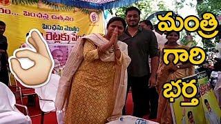 akhila priya husband